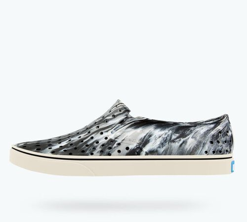 Side view of Miles Marbled in Jiffy Black / Bone White / Marbled