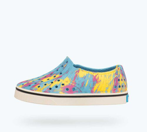 Side view of Miles Marbled Child in Surfer Blue/ Bone White/ Marbled