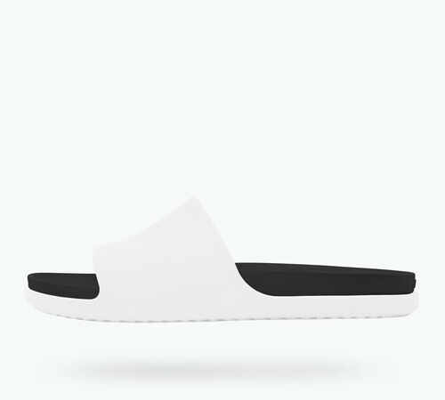 Side view of Spencer LX in Shell White / Jiffy Black