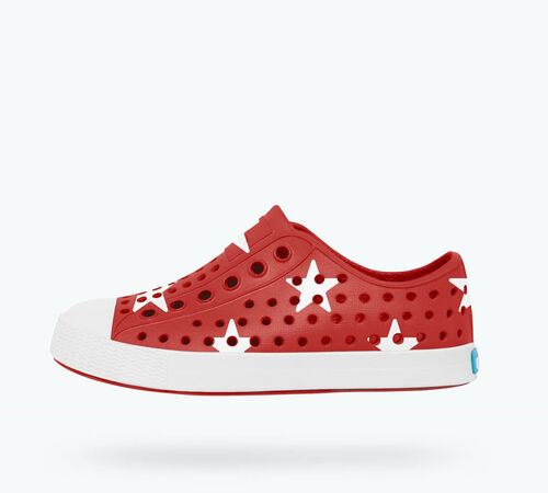 Side view of Jefferson Print Child in Torch Red / Shell White / Big Star