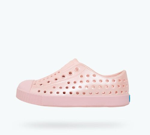 Side view of Jefferson Metallic Child Shoes in Pink Metallic /  Cold Pink