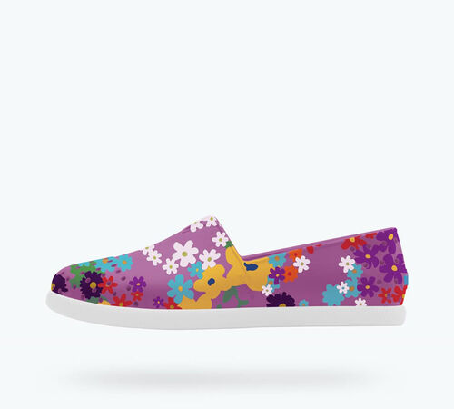 Side view of Verona Print Child in Peace Purple / Shell White / Daisychain